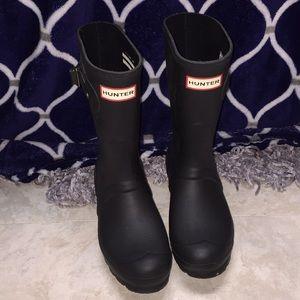 Hunter Rainboots- Black- Size 6- Like New